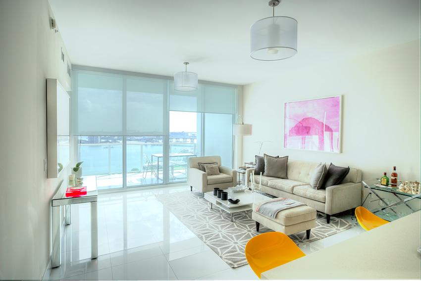 Appartement au paramount bay avec vue sur la baie et l 39 ocean for Chambre de commerce miami